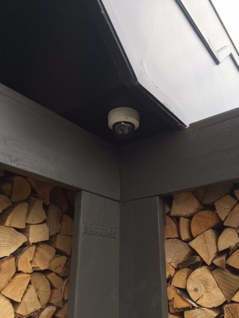 Camerabeveiliging installatie bij A9 Studios / Bobs Party Events Uitgeest Totaal 37 Full HD dome IP camera's geinstalleerd.
